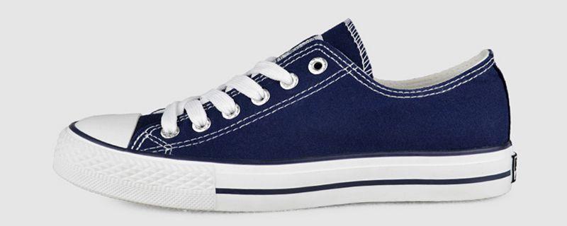 蓝色鞋子配什么颜色裤子1.jpg