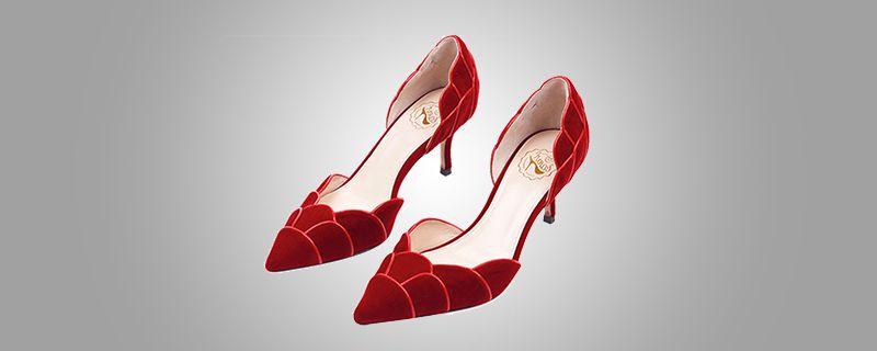 红色鞋子搭配裤子2.jpg