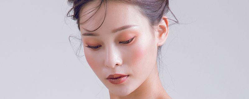 妆容 (2).jpg
