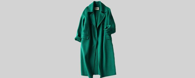 绿色呢大衣.jpg