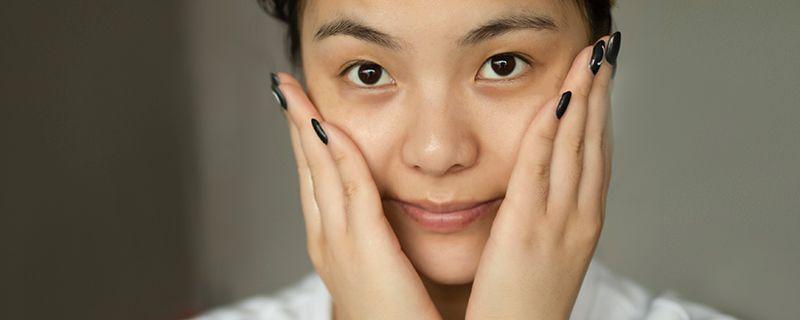适合女中学生的擦脸油插图